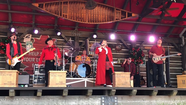 Reasons Why You Should Visit the Holiday Storytellers at Epcot 3