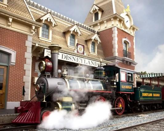 8 Rides That are Way Better at Disneyland Than Disney World 14