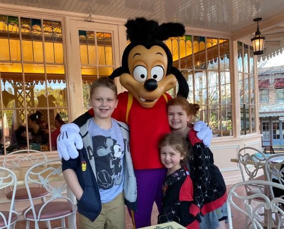 Tips for Visiting the Disneyland Resort with Preschoolers 4