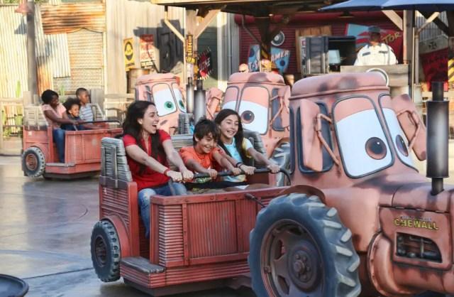 10 Disneyland Rides we Wish had On-Ride Photos 10