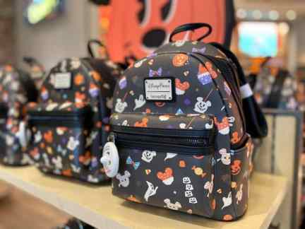 When are the fall decorations, merchandise and foods coming to Disney World? 6