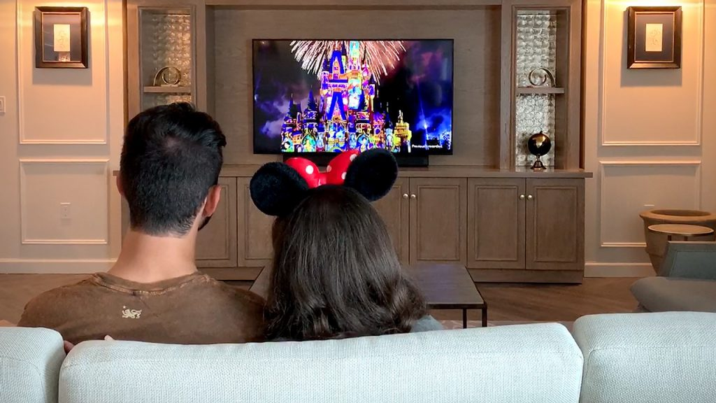 "Enjoy ""Happily Ever After"" Virtual Fireworks And Other Cool Tech At Walt Disney World Hotels!"
