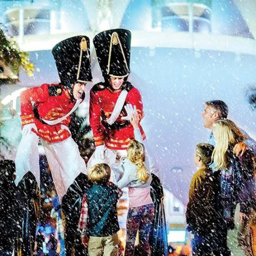 Celebrate The Holidays At Disney Springs With These Festive Offerings! 1