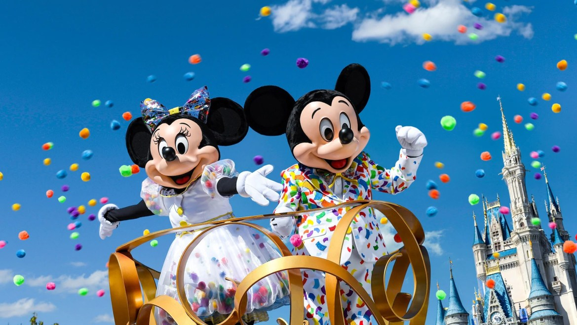 Will Our Favorite Large Parades be Returning to Disney?