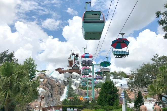 Disneys Blizzard Beach - Ski Lift Gondola