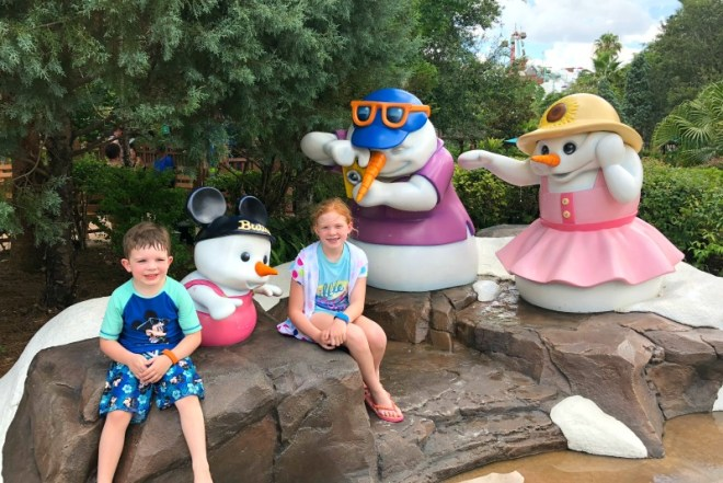 Disneys Blizzard Beach - Snowmen