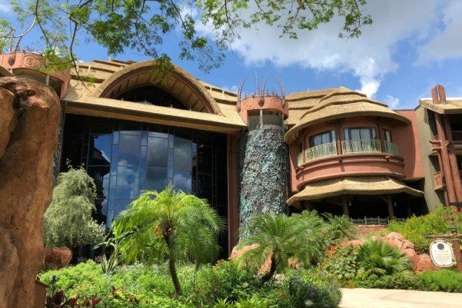 Animal Kingdom Lodge 101 - Back Entrance