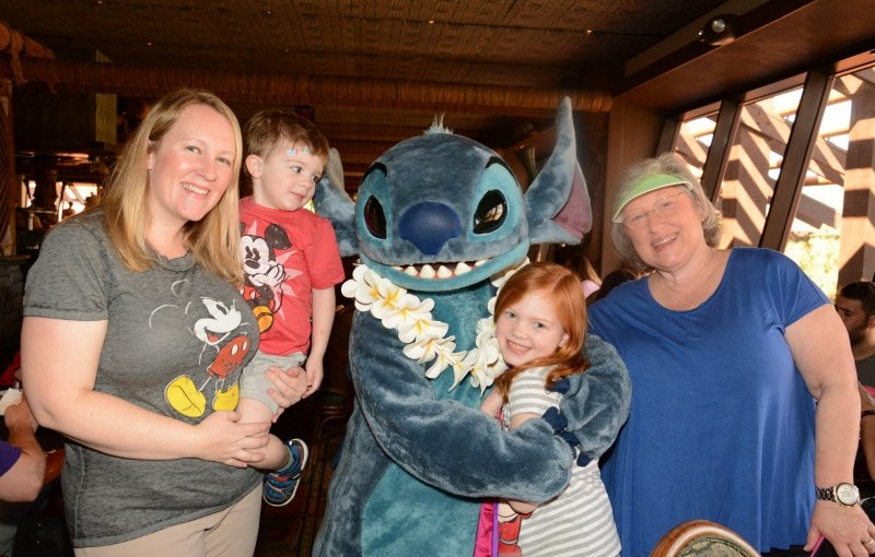 Episode 33 – Disney World Character Dining Tips and Tricks