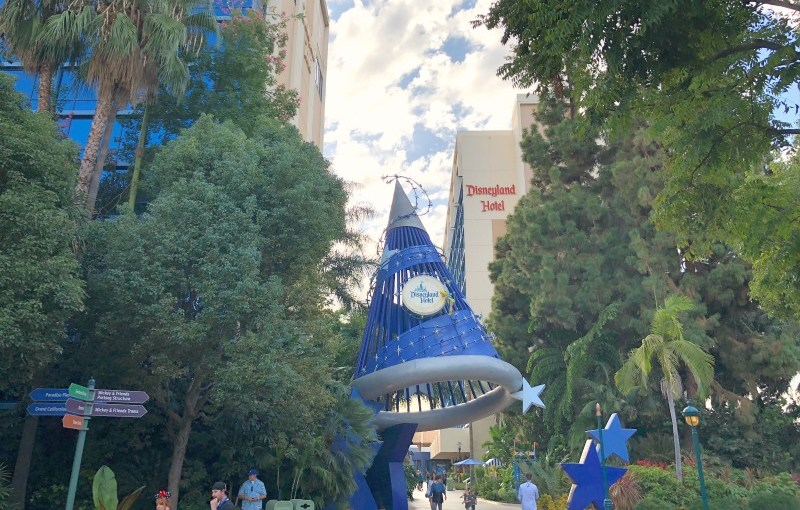 Ep. 73 – On-Property Disneyland Hotel Guide