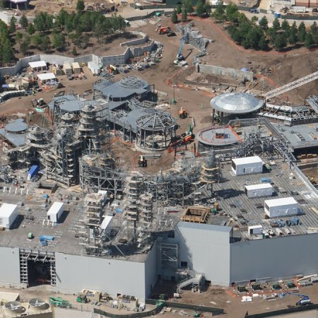 April 2018 aerial view of Star Wars: Galaxy's Edge at Hollywood Studios in Walt Disney World. (Photo by @bioreconstruct)