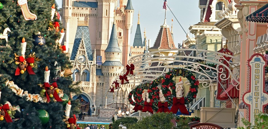 magic kingdom dressed up for christmas in 2018 nov 3 2018