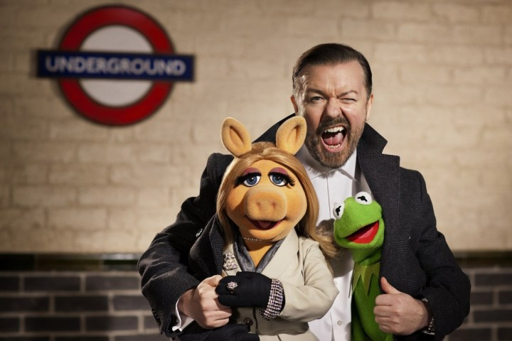 Ricky Gervais Miss Piggy The Muppets Again