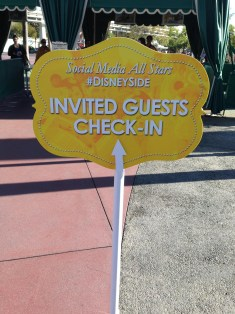 Disneyland Disney Side Social Media All Stars World Premiere Event Invited Guests