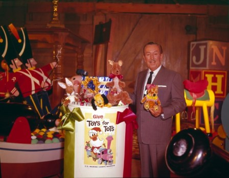 Walt-Disney-with-original-ToysForTots-logo-640x497
