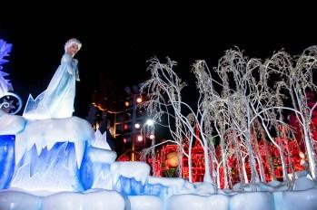 Disney Frozen Elsa A Christmas Fantasy Parade Float