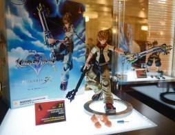 Disney Kingdom Hearts H D 2 5 Remix Launch Event Walt Disney Studios Sora Figure