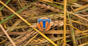 Disney Tomorrowland Pin Movie Review