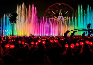 Disneyexaminer Disneyland Dating Guide World Of Color