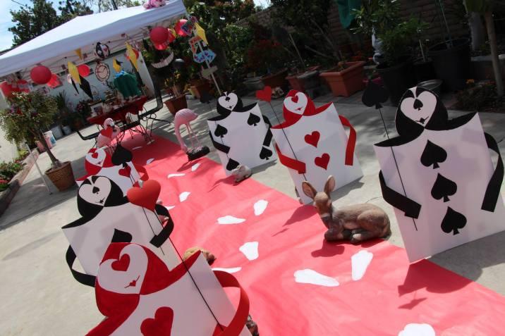 Disney Alice In Wonderland DIY Tea Party Card Soliders