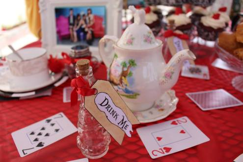 Disney Alice In Wonderland DIY Tea Party Decor