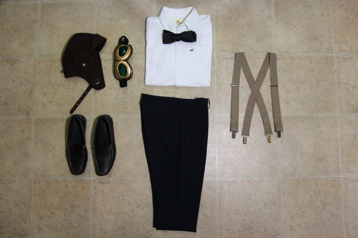 Carl Fredricksen Dapper Day Outfit