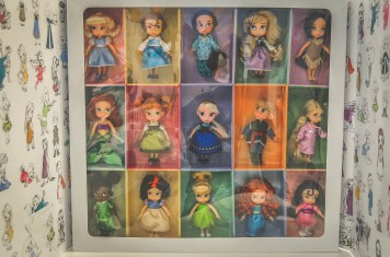 DCP Holiday Gift Guide Disney Princess Dolls 1