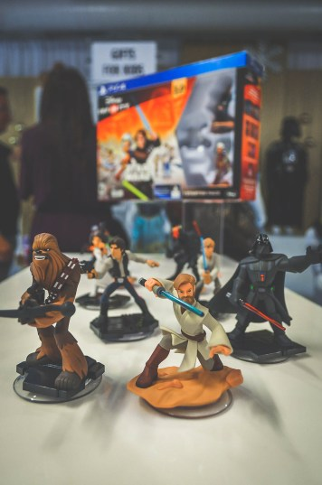 DCP Holiday Gift Guide Star Wars Disney Infinity