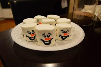 DIY Olaf Marshmallow Faces