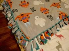DIY Baymax Blanket 2