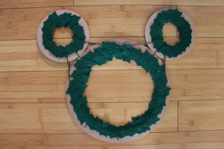 Mickey DIY Christmas Wreath 3