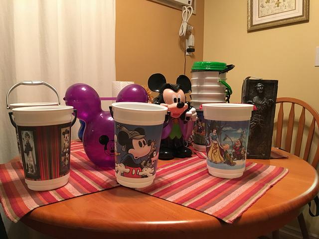 Linda De La Riva Disney Collection 6