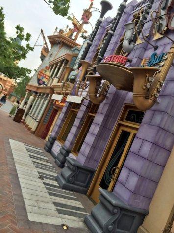 Via Twitter/@DisneylandDrive