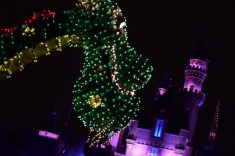 Main Street Electrical Parade Disneyland Premiere 2017 Petes Dragon
