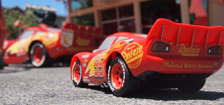 We Took The Most Lifelike Lightning Mcqueen Toy To Cars Land And Had