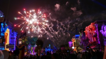 Pixar Fest Disneyland Together Forever Fireworks