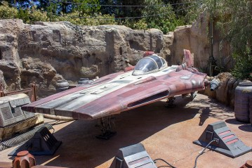An A-wing fighter on display on Batuu. Photo by Mark Eades.