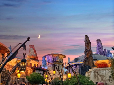 Galaxy's Edge Batuu evening moon