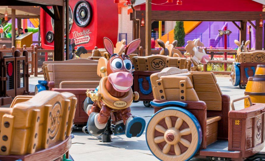 Disney-Pixar-Toy-Story-Land-Shanghai-Disney