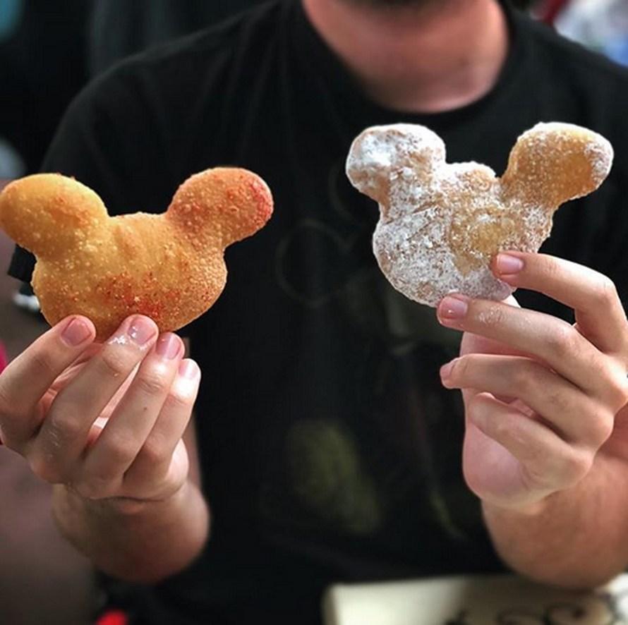 mickey-beignets
