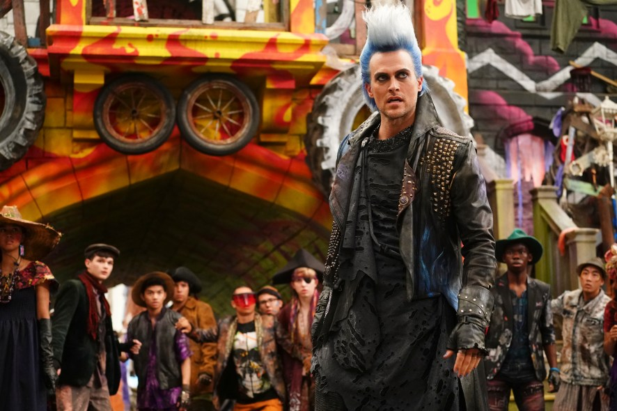 DESCENDANTS 3 - Coverage. (Disney Channel/David Bukach) CHEYENNE JACKSON