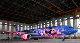 HKMSH_Shanghai-Disney-Resort-Signs-Alliance-Agreement-with-China-Eastern-Airlines_上海迪士尼度假區與東方航空達成聯盟_彩繪飛機正式亮相_01