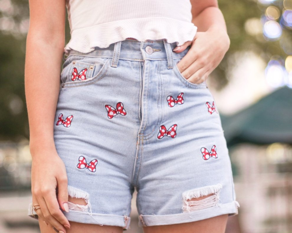 Minnie Mouse Bow Shorts Have Sizzling Summer Style