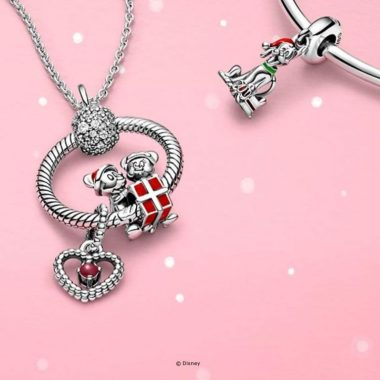 Disney Holiday Pandora