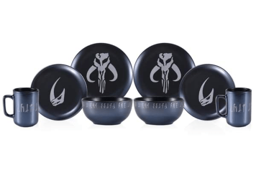 The Mandalorian Dinnerware Set