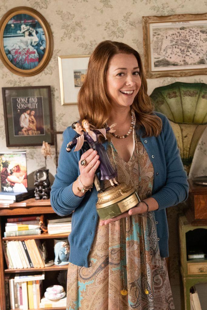 Alyson Hannigan quien interpreta a Phyllis en la película de Disney+