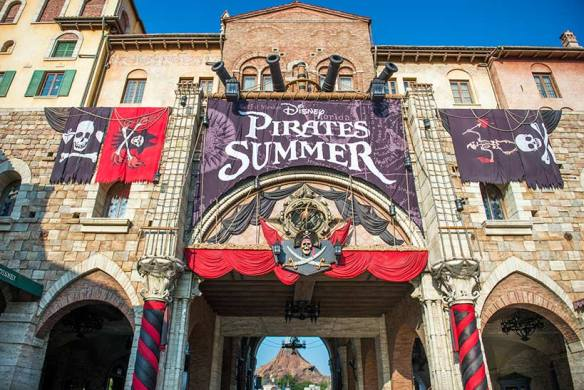 disney-pirates-summer-2