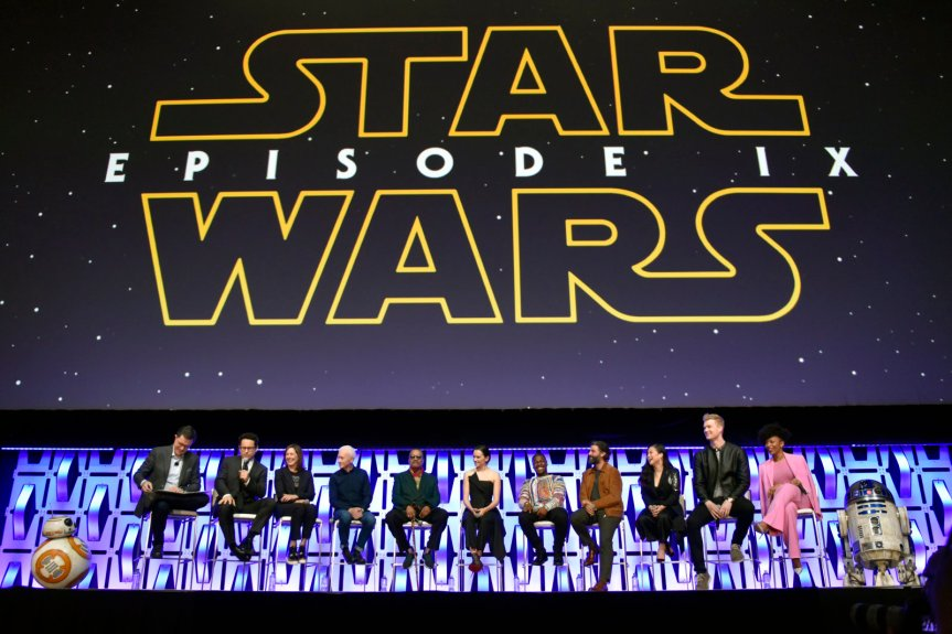 "After ""Rise of Skywalker,"" Next ""Star Wars"" Movie Won't Be Until 2022 at Least"
