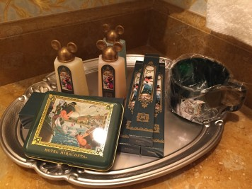 Love the tray of toiletries they leave (and refill every day if you want some for souvenirs)