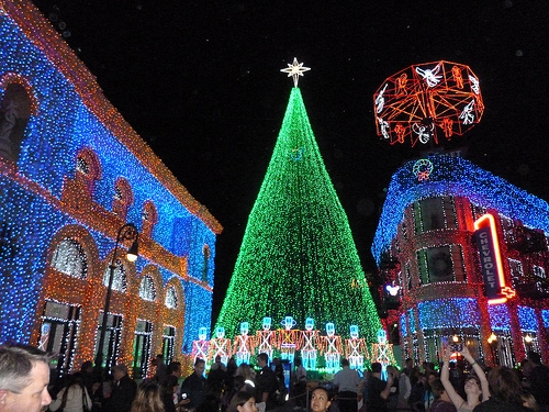 osborne family lights show disney