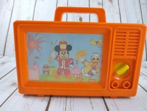 1982 Disney Chracter Moving Picture Screen Music Box TV